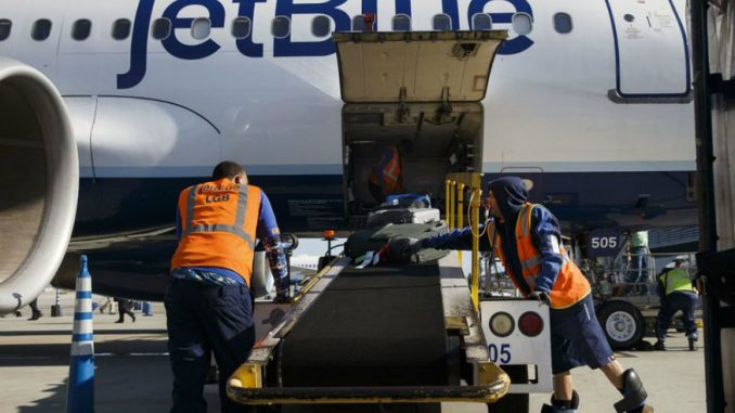 Fuel Prices Force JetBlue to Push Baggage Fees by $5