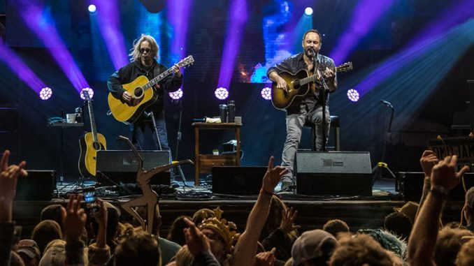 Dave Matthews and Tim Reynolds Head to Riviera Maya