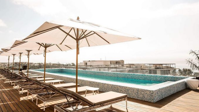 Reef 28 rooftop pool